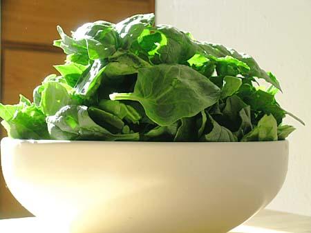 Spinaci: calorie e proprietà
