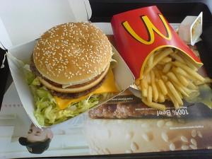 Mangiare al McDonald fa male davvero?