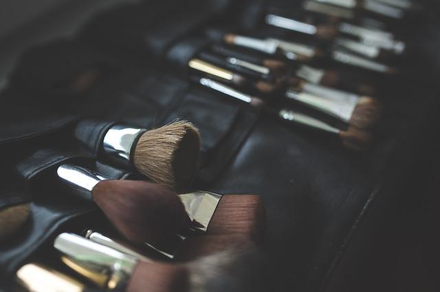 Galleria foto - Il make-up per ritrovare la propria autostima Foto 4