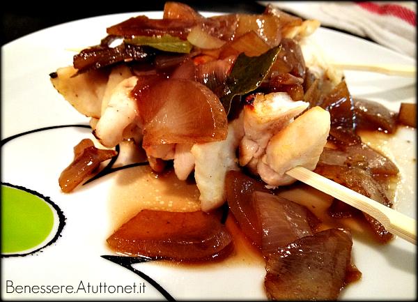 pollo con cipolle in salsa agrodolce