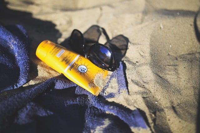 Galleria foto - Creme solari: quando scadono? Foto 1