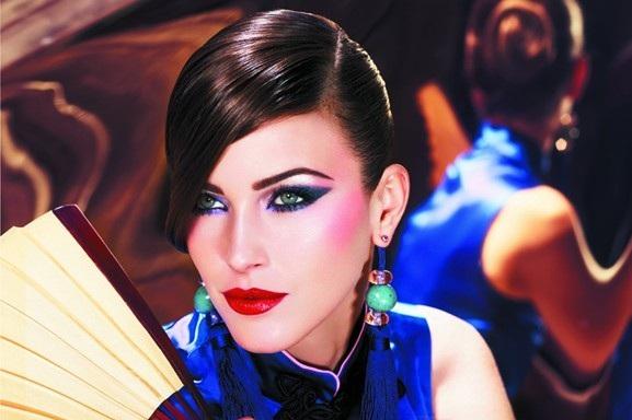 Make up blu e viola per gli ultimi freddi