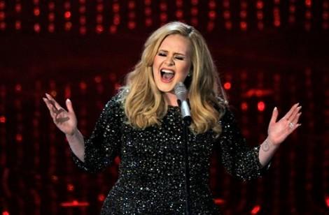 Adele look vintage per gli Oscar 2013