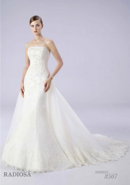 10f50620e154 Radiosa abiti da sposa collezione 2015
