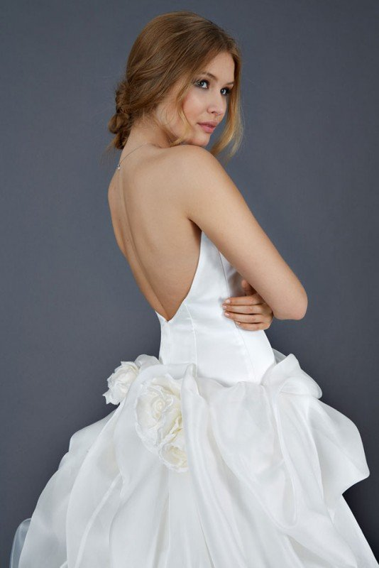 e58933551cce Atelier Emè abiti da sposa collezione 2016