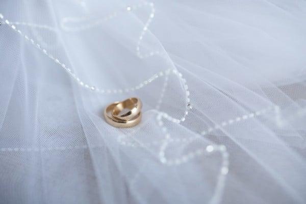 anelli vestito nuziale