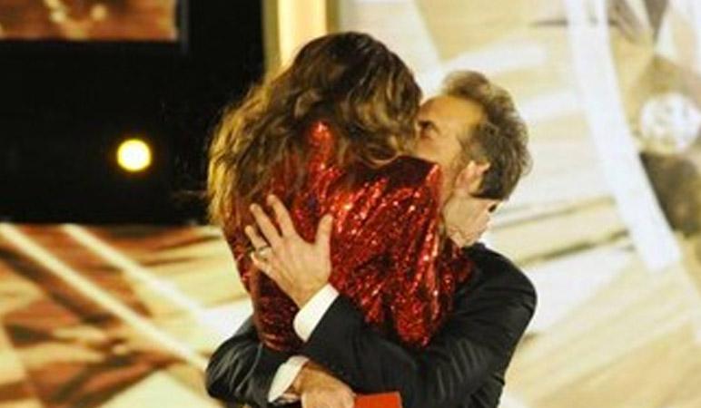 toffanin-bossari-bacio-verissimo