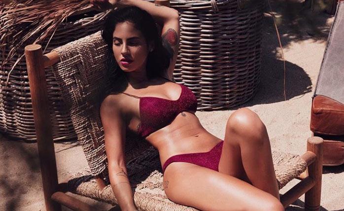 giulia-de-lellis-costume-bikini-foto