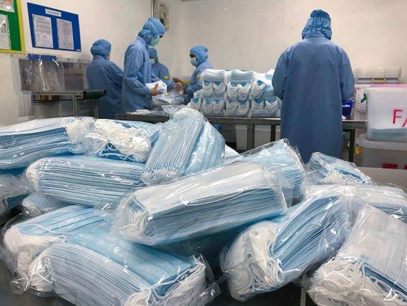 UK-coronavirus-surgical-mask-FFP3-coronavirus-protection-2310772