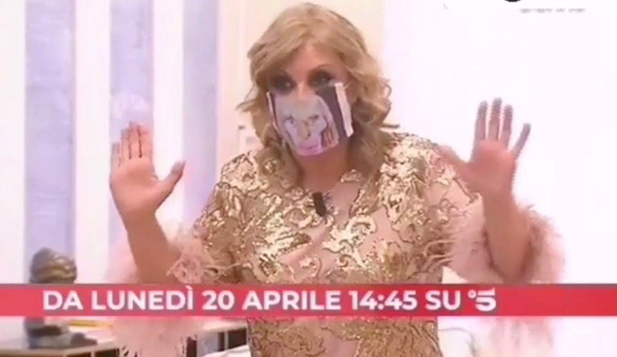 Tina-Cipollari-Uomini-e-Donne-Maria