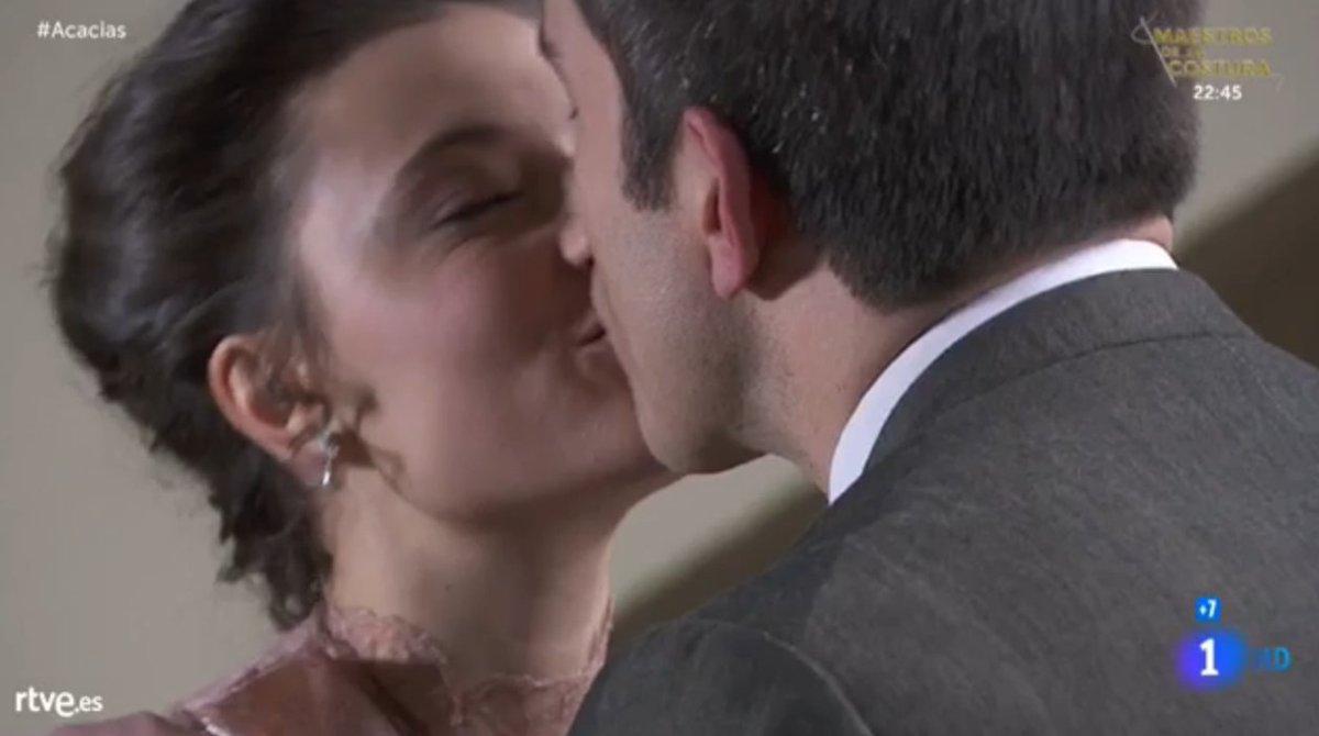 Telmo Lucia bacio una vita