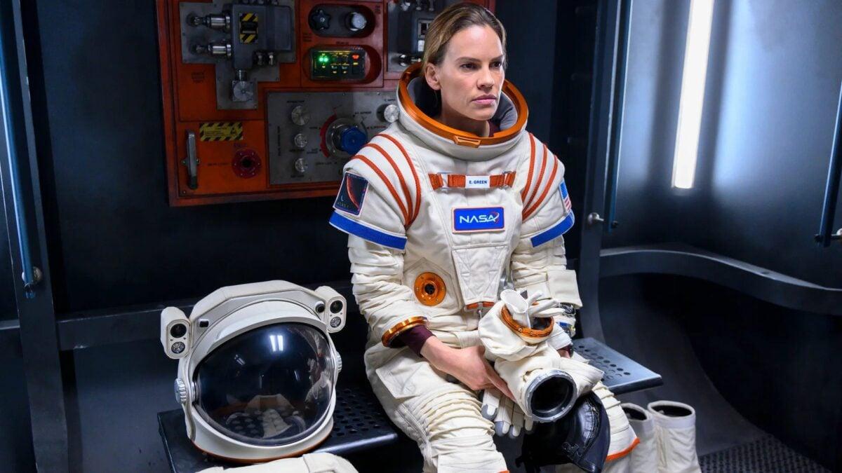 Away con Hilary Swank su Netflix: trama, cast e data