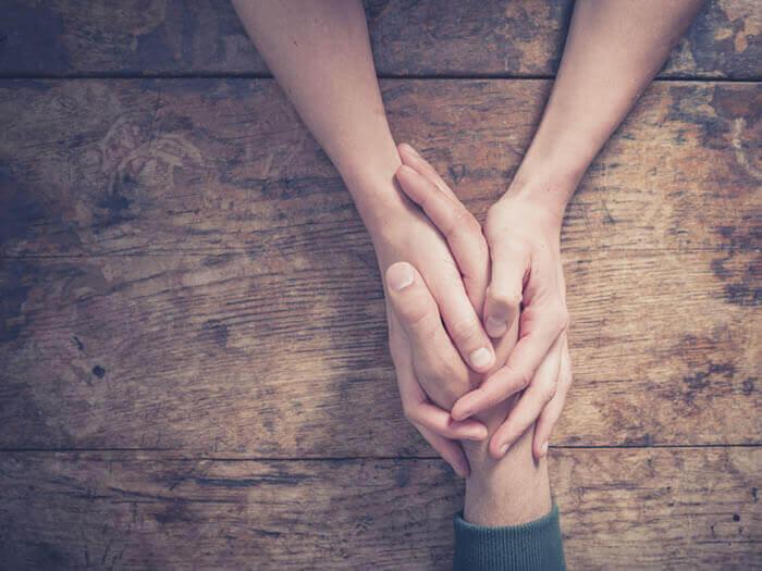 Uscire da un periodo difficile: come chiedere aiuto e farsi aiutare