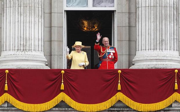 queen-buckingham-p-3351559b