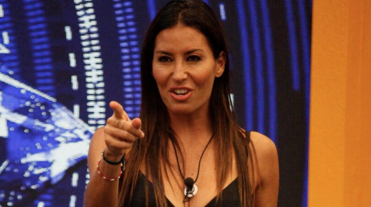 Elisabetta Gregoraci è un'amica della stampa Barbiglia