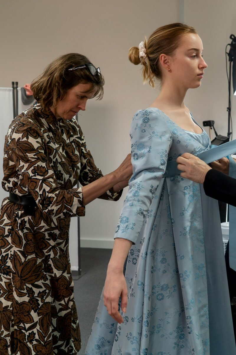 Bridgerton-Costume-Designer-vogue-301120-credit-Netflix-7