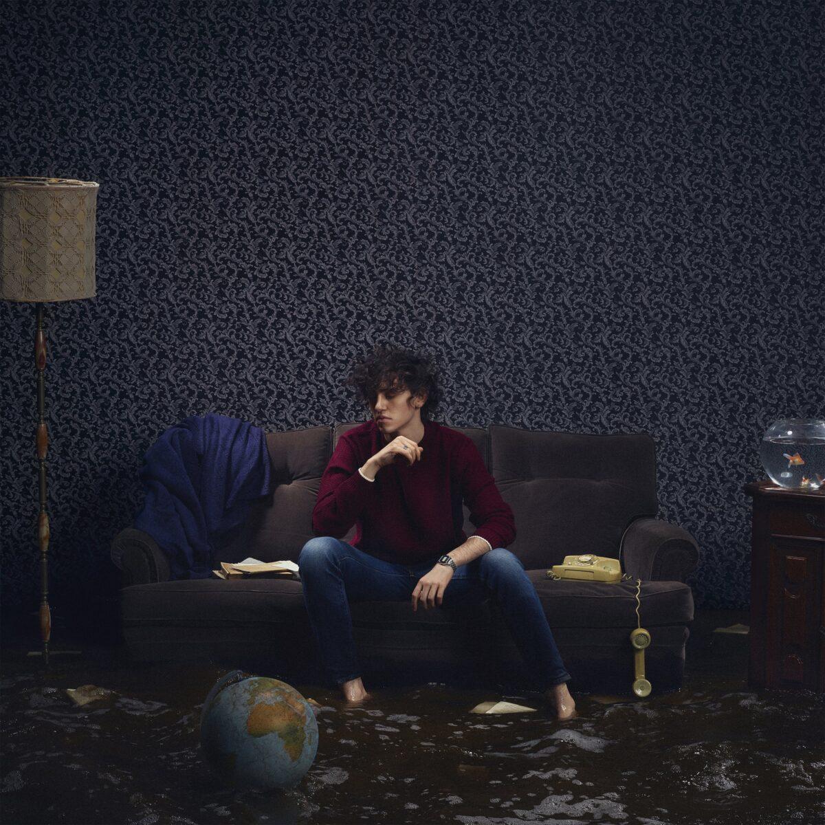 MICHELE BRAVI-cover-ph credit Roberto Chierici