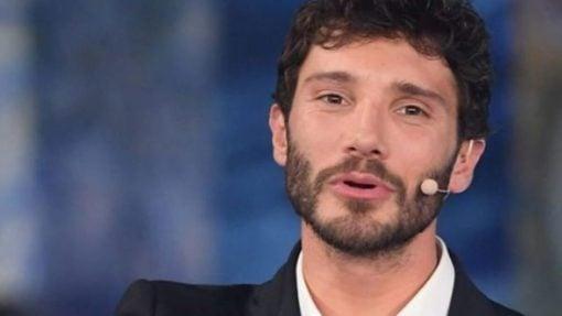 Stefano-De-Martino-Microfonato