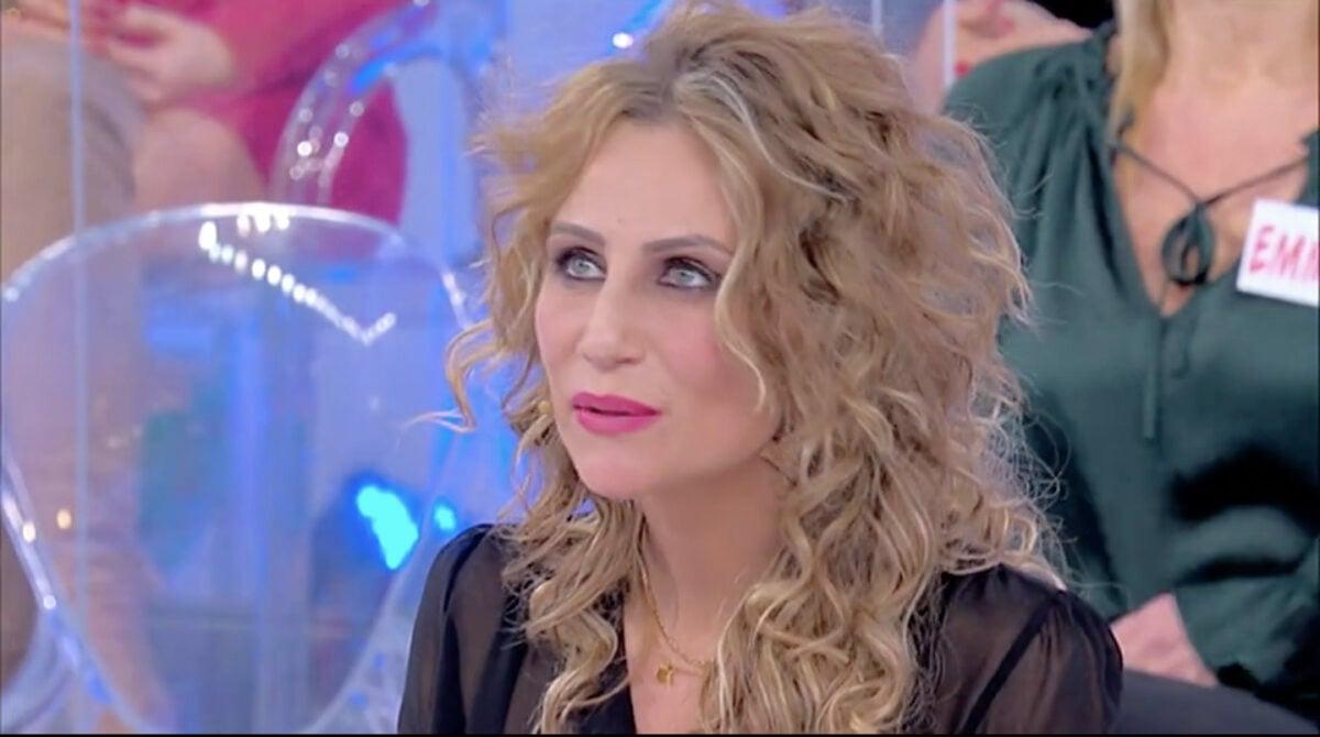 """Uomini e Donne, Ursula Bennardo confessa: """"Grossi problemi con Sossio"""""""