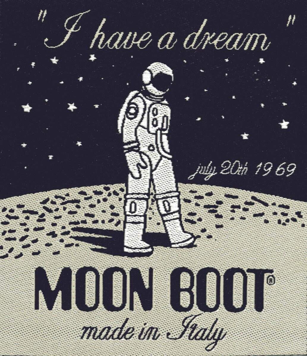 moon-boot-astronauta-1
