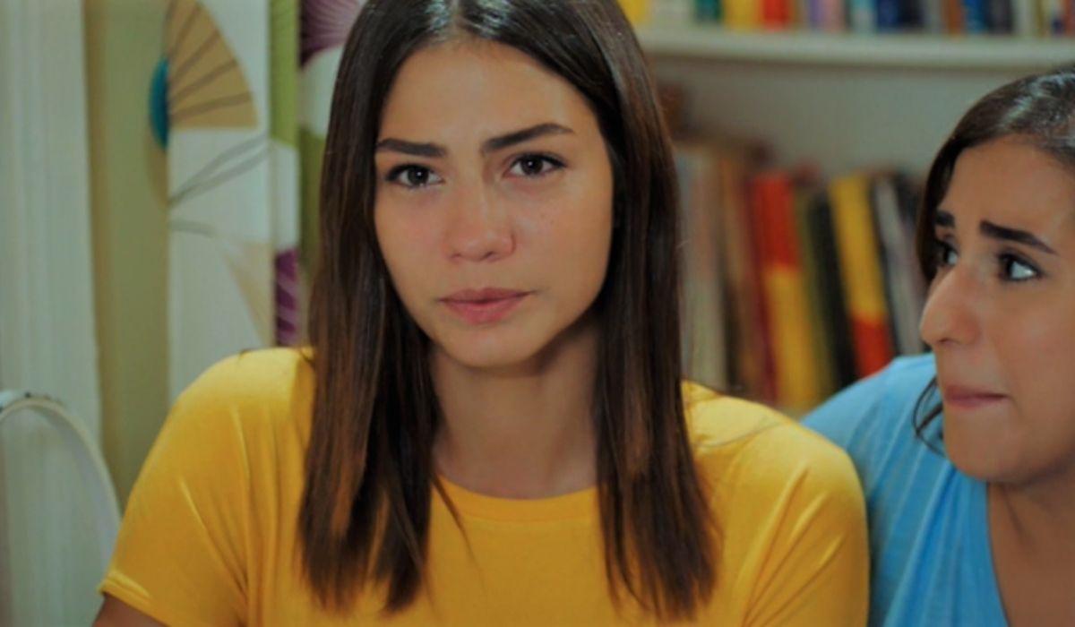 Sanem-e-Ayhan-in-Daydreamer-puntata-20-Credits-Mediaset