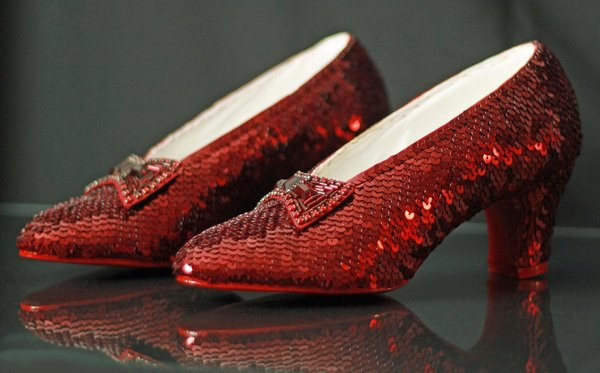 ruby-slippers-di-harry-winston-b078a