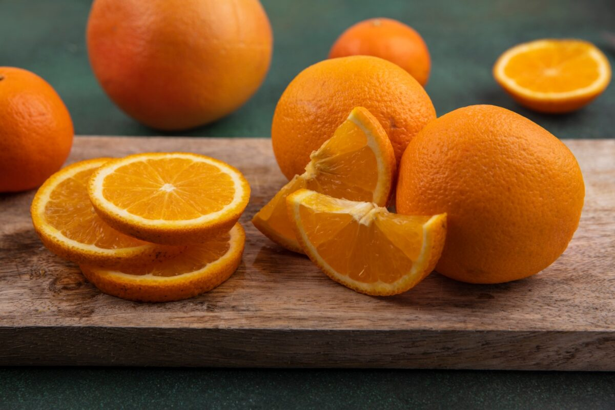 Arancia tagliata a fettine