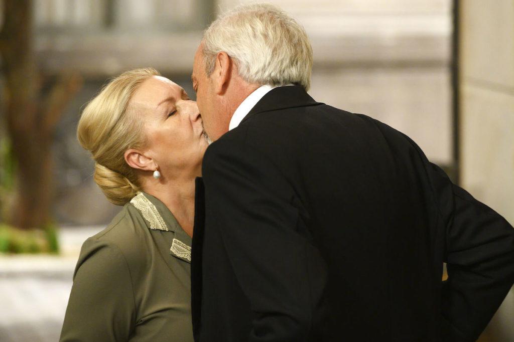 bacio-susana-armando-una-vita-1024×682