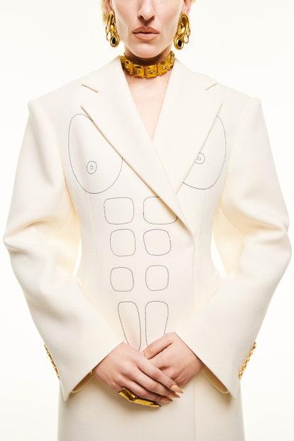 vogue-paris-fashion-week-2021-schiaparelli-autunno-inverno (31)