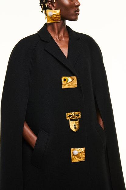 vogue-paris-fashion-week-2021-schiaparelli-autunno-inverno (37)