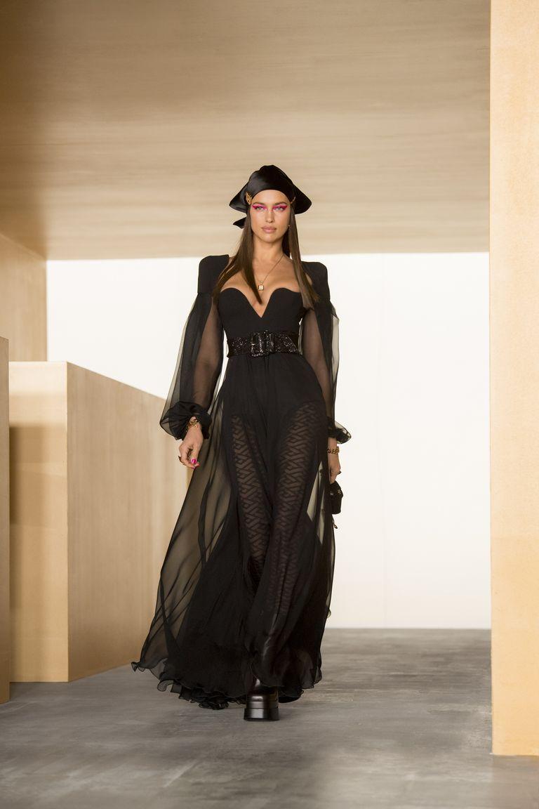 versace-fw21-look-55-jpg-1614961483