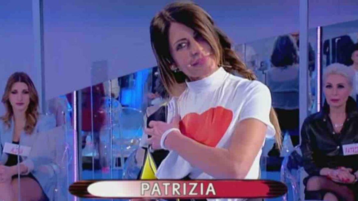 patrizia-sfilata-uomini-e-donne-1280×720