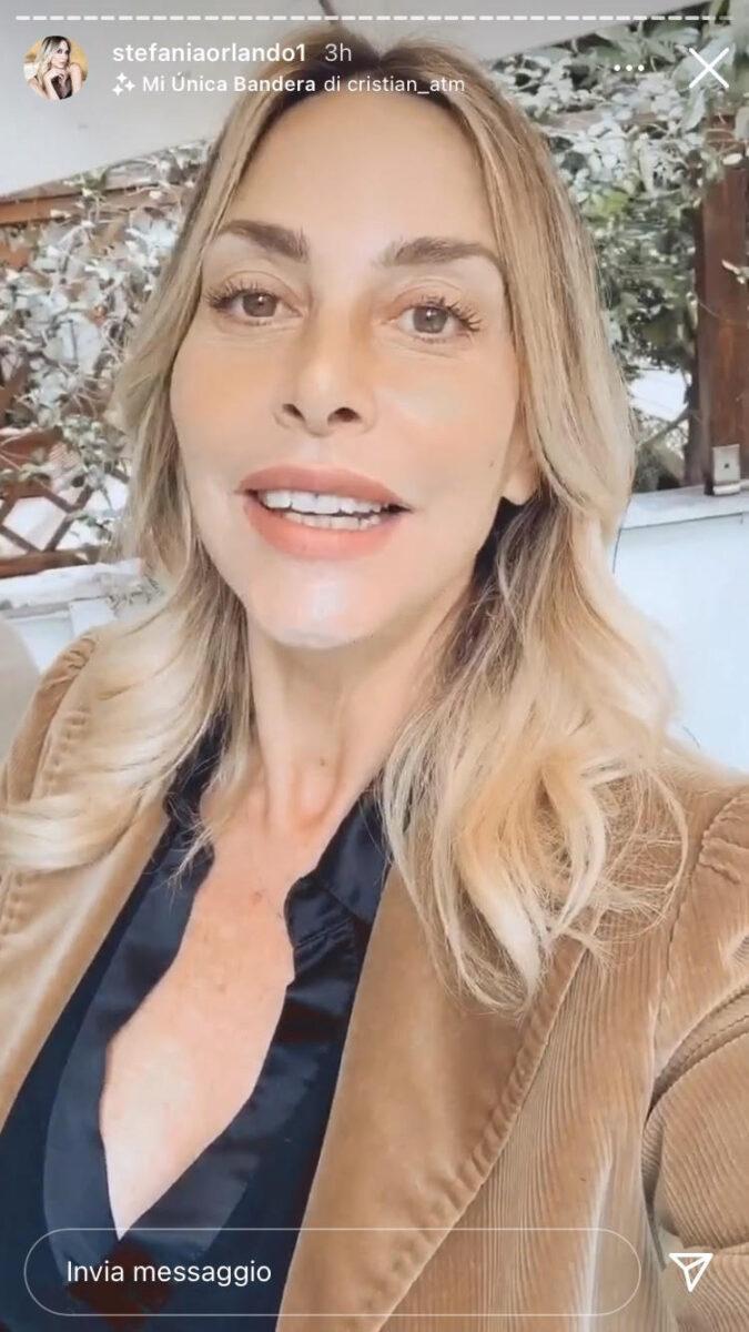 19:00 – Stefania Orlando annuncia quando uscirà il video di Babilonia