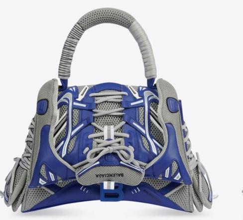 Balenciaga: la nuova borsa modello sneakers