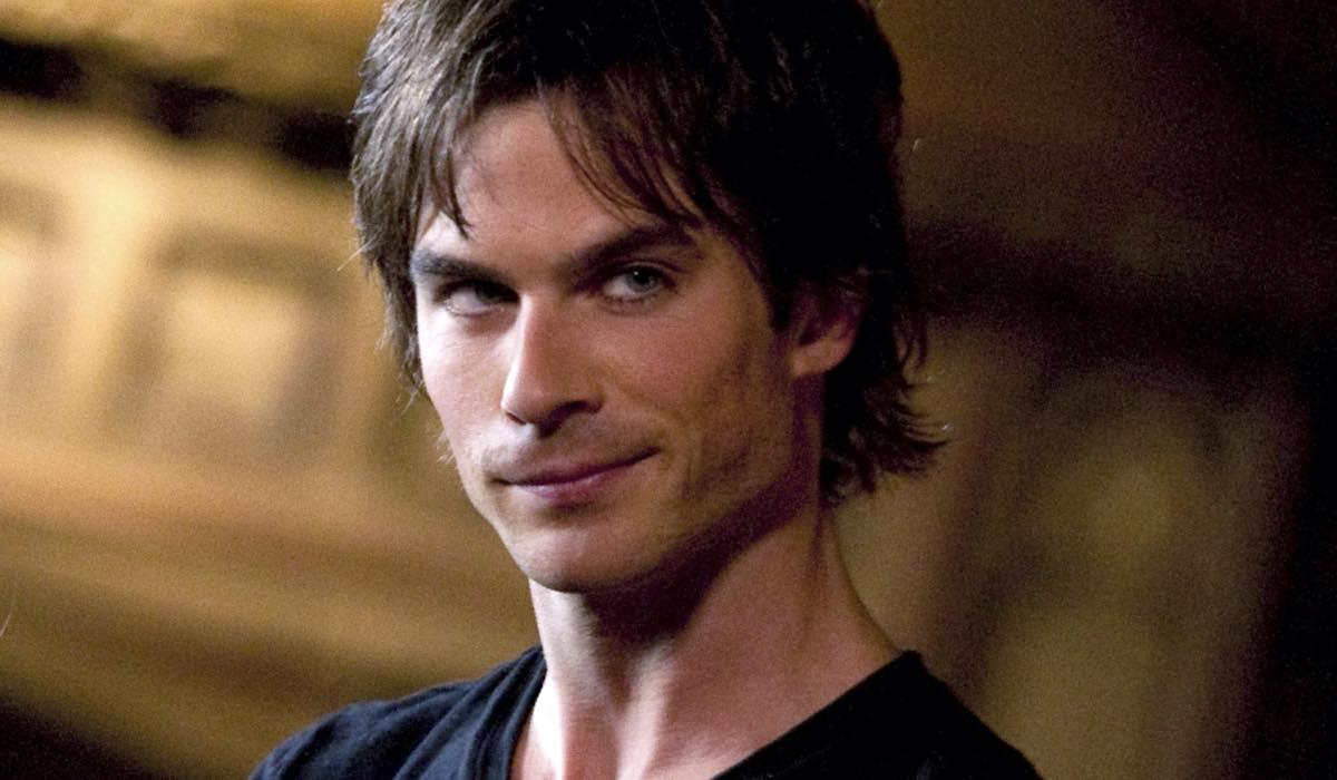Ian-Somerhalder-come-Damon-Salvatore-in-The-Vampire-Diaries-credits-The-CW-e-Warner-Bros.-Entertainment-Inc