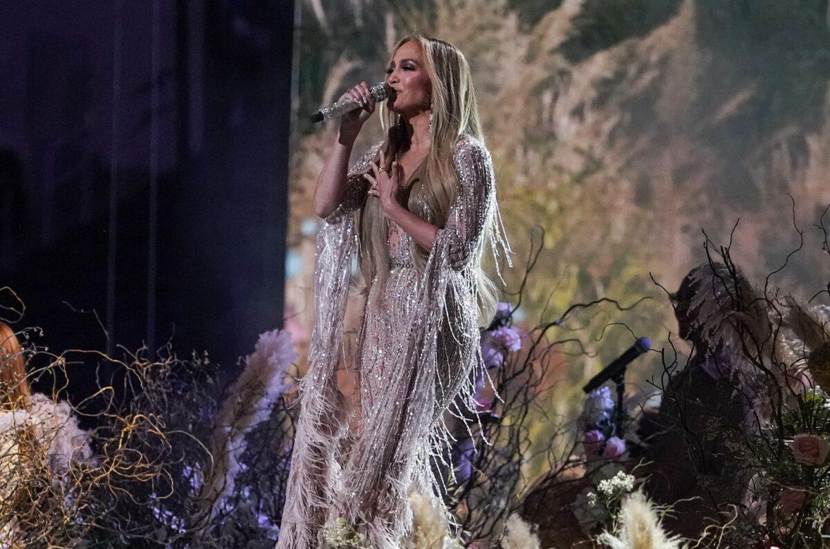 Jennifer-Lopez-vax-live-2021-billboard-1548-1620048859-compressed