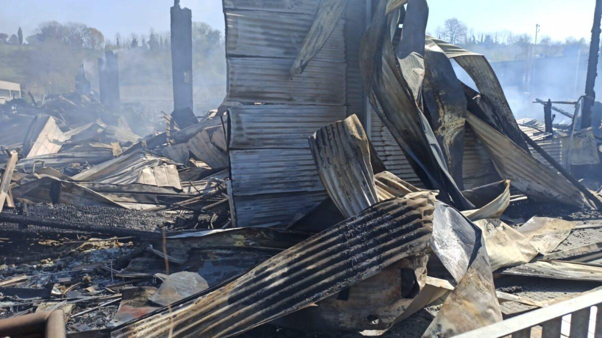 Valentino: riapre lo Shoes Lab dopo l'incendio