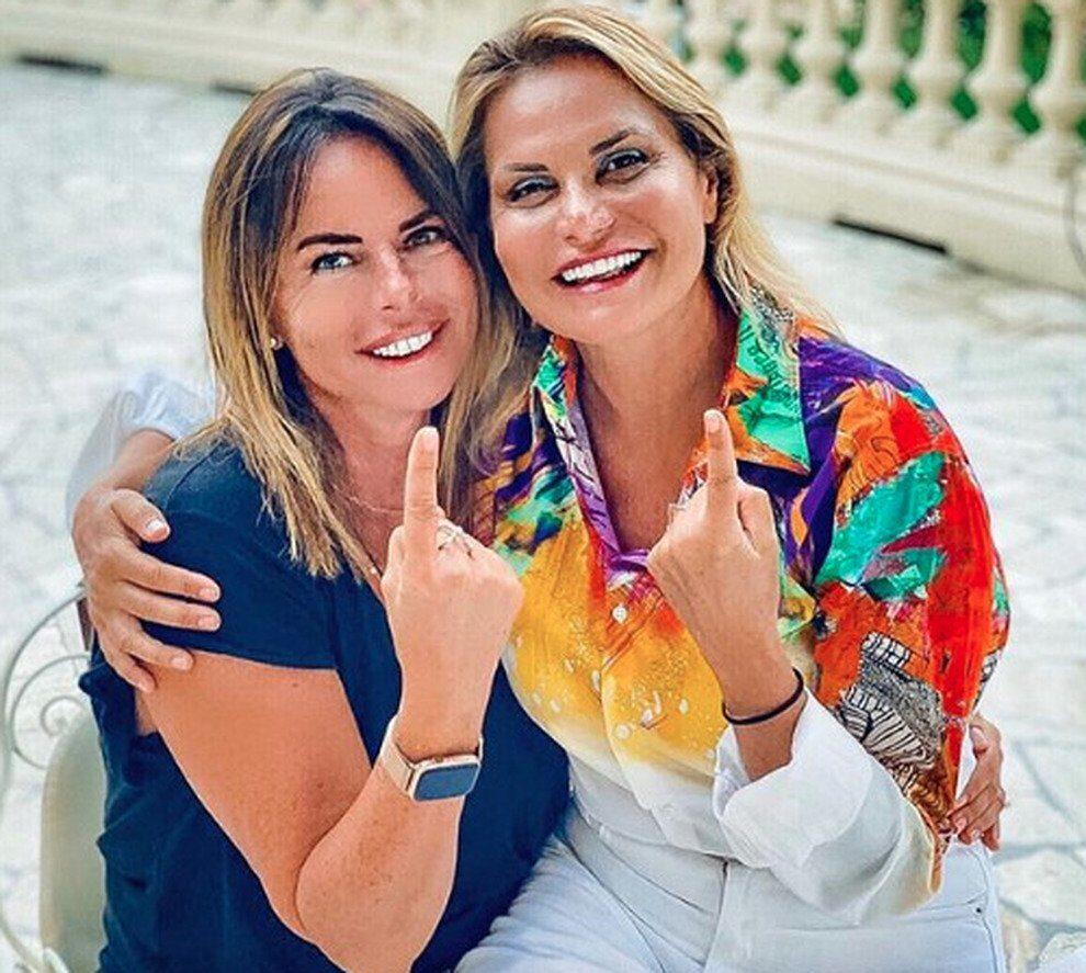 07:00 Paola Perego e Simona Ventura: un nuovo programma insieme?