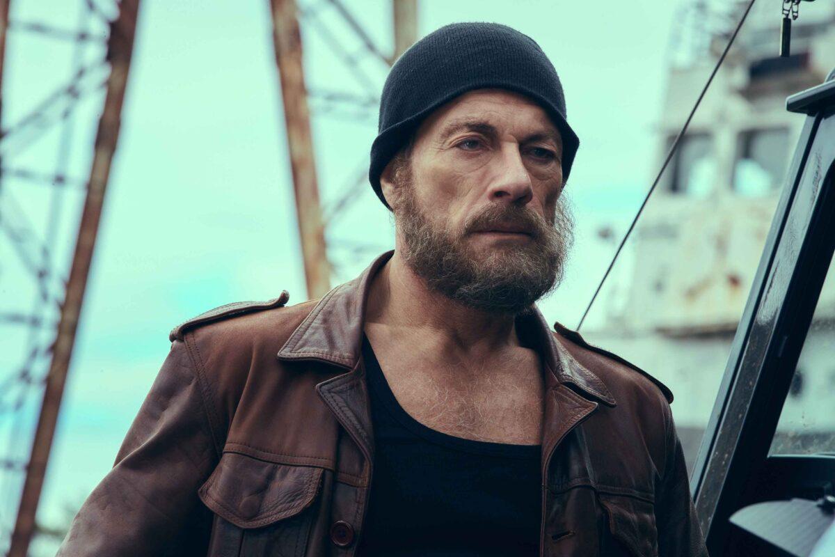 l-ultimo-mercenario-trailer-italiano-trama-cast-film-netflix-jean-claude-van-damme-2