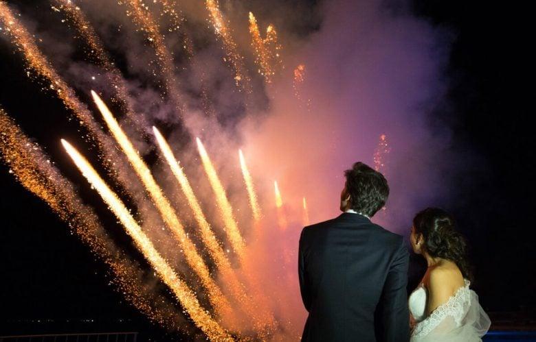 tufano-fireworks-logo-fuochi-artificio-pirotecnici-pirotecnica-italia-napoli-boscoreale-sposi-wedding-matrimonio-piscina-stelle-notte-spettacolo-pirotecnico