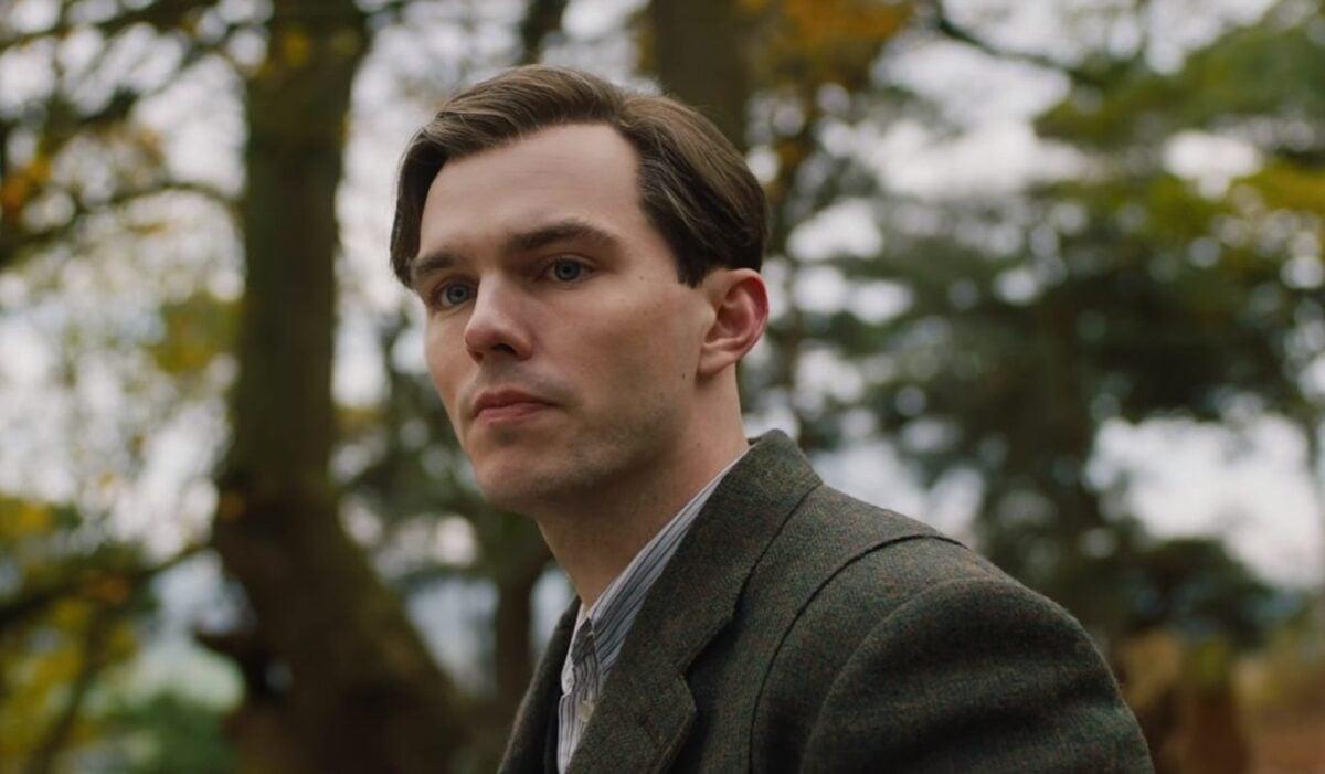 Nicholas-Hoult-Tolkien-trailer-2