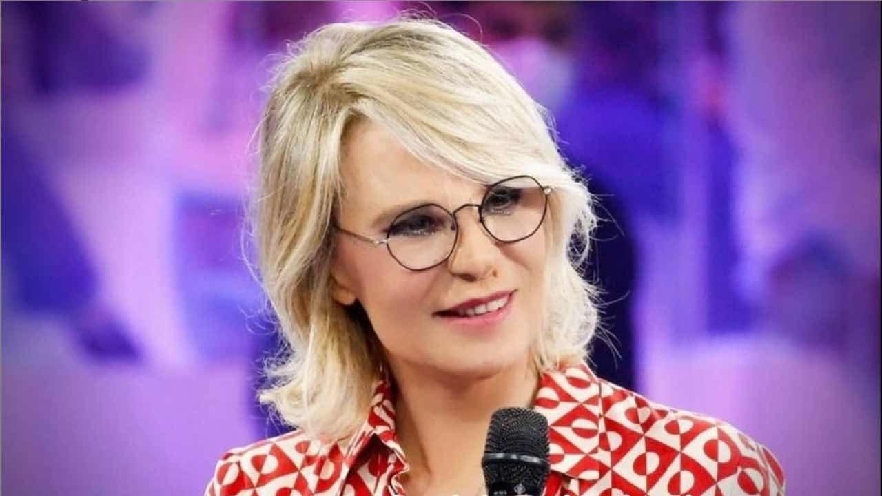 Maria-De-Filippi-Political24-2
