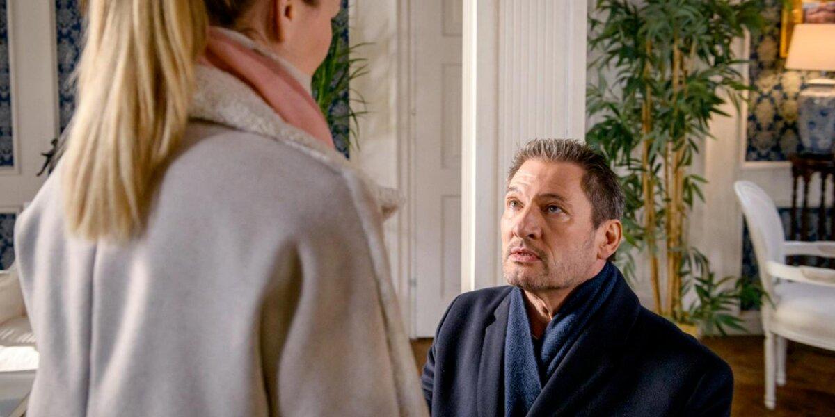 Christoph-chiede-a-Selina-di-sposarlo-Tempesta-damore-